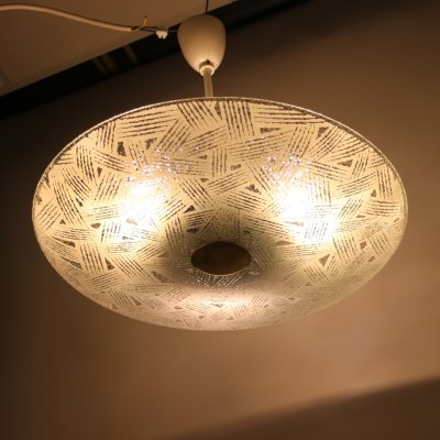 Large round glass ceiling lamp, 1950s