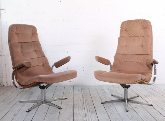 Set of two comfortable Space Age Lounge Chairs, 1970s