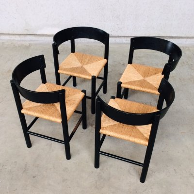 Set of 4 Dining Chairs by Mogens Lassen for Fritz Hansen, 1960s