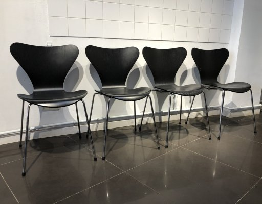 Set of 4 'Series 7' Chairs by Arne Jacobsen for Fritz Hansen, 1980s