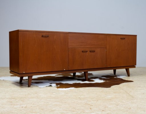 Vintage Danish Long Teak credenza or storage unit, 1960s