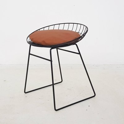 Cees Braakman for Pastoe KM05 metal wire stool, The Netherlands 1958