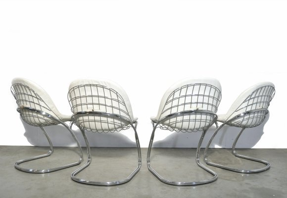 Set of 4 'Pascale' wire chairs designed by Gastone Rinaldi for Thema