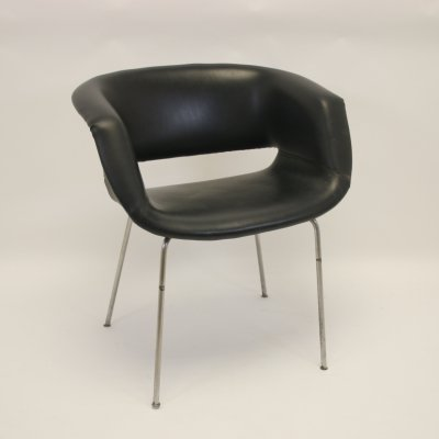 Artifort model 083 Armchair by Geoffrey Harcourt