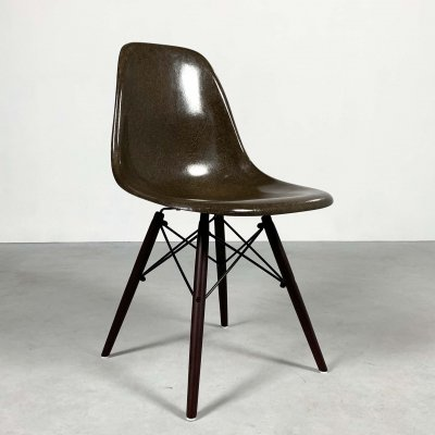 Brown DSW Dining Chair by Charles & Ray Eames for Herman Miller, 1980s