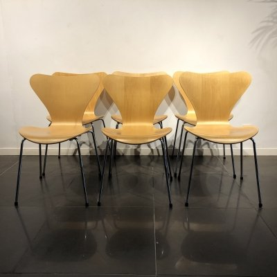 Set of 6 Maple Wood 'Series 7' Chairs by Arne Jacobsen for Fritz Hansen, 1990s