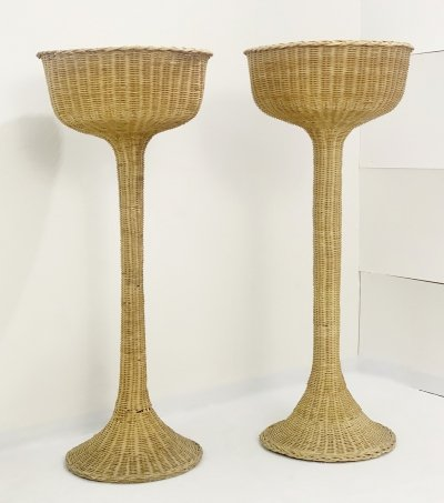 Pair of planter stands in woven wicker, 1970s