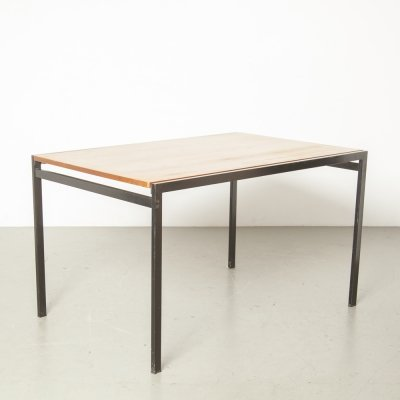 TU30 extending table by Cees Braakman for Pastoe