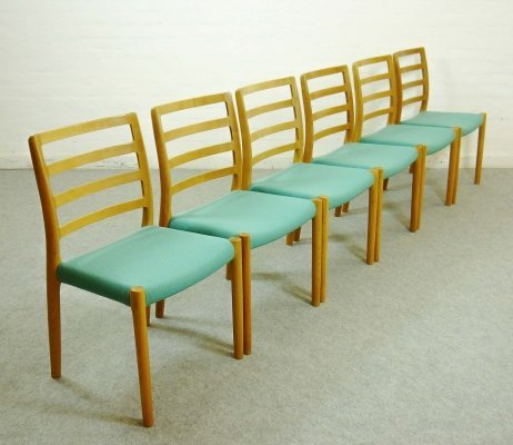 Set of 6 Model 85 Dining Chairs in Oakwood by Niels O. Moller, 1970s