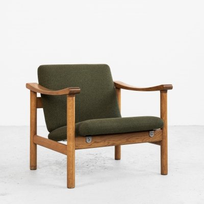 Midcentury easy chair in oak by Hans Wegner for Getama, 1950s