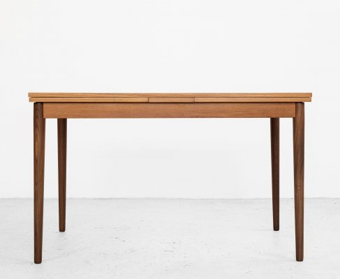 Midcentury compact extendable German dining table in teak, 1960s
