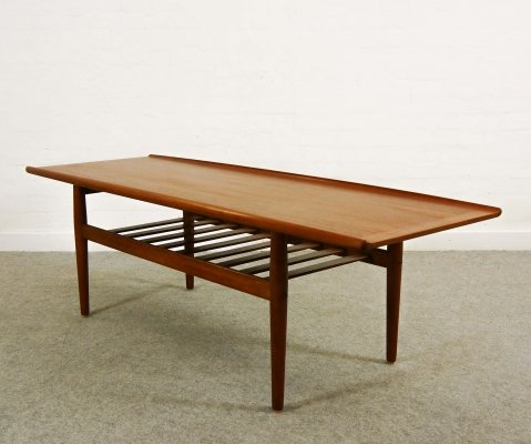 Surfboard-shaped Coffee Table in Teak by Grete Jalk, 1960s