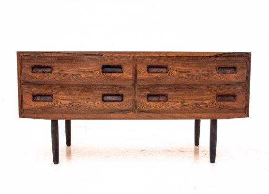 Rosewood little chest of drawers