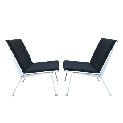 Pair of Oase easy chairs by Wim Rietveld for Ahrend de Cirkel, 1972