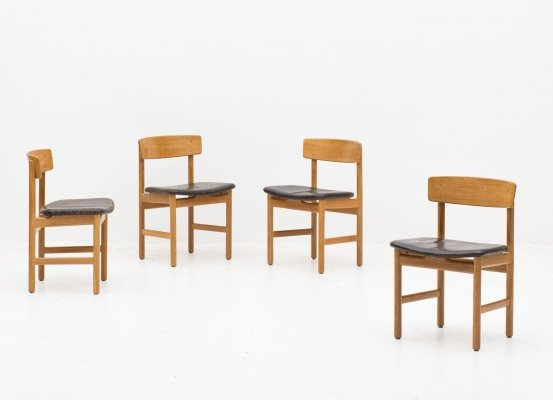 Set of 4 dining chairs 'model 236' by Børge Mogensen, 1950s