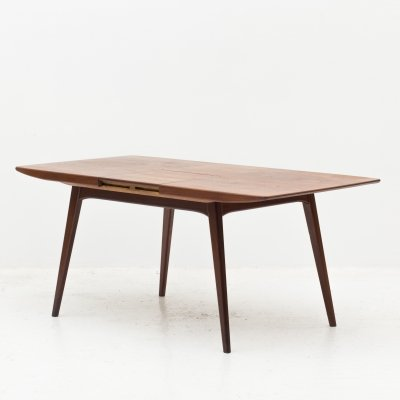 Extendable dining table by Louis Van Teeffelen for Wébé
