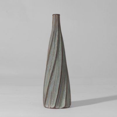 Earthenware Studio pottery twist vase, England 1960s