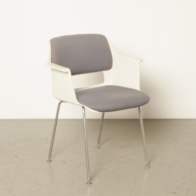 Stratus model 2215/2225 chair by AR Cordemeyer for Gispen