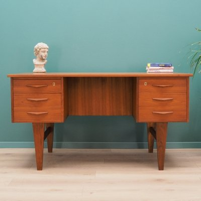 Danish design Desk in teak, 1970s