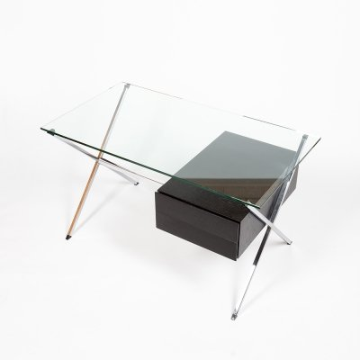 Minimalist Mod. 1928 desk by Italian architect Franco Albini
