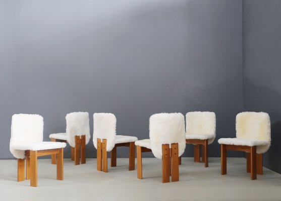 Afra & Tobia Scarpa Set of 6 chairs in Fur & wood, 1970s