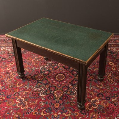 Writing desk from the 1920s