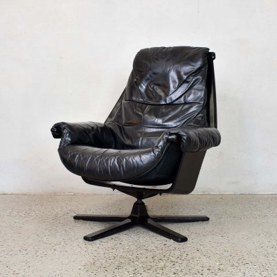 Black Leather Swivel Chair by Göte Möbler