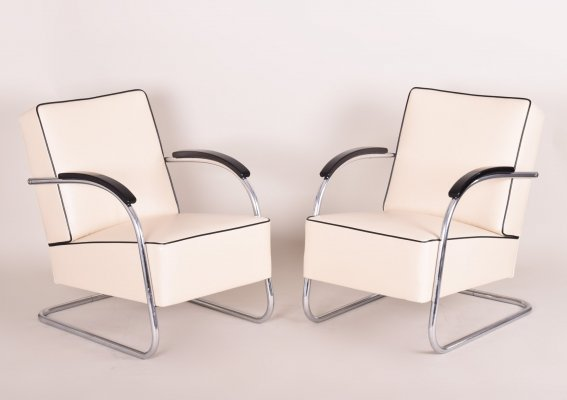 Pair of Ivory Leather Tubular Steel Cantilever Chrome Armchairs by Slezák, 1930s