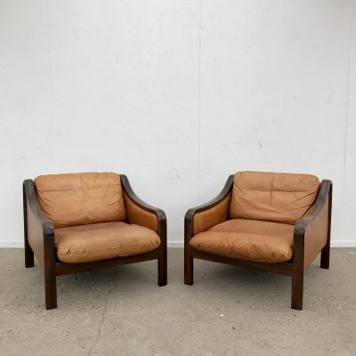 Patinated vintage cognac leather lounge chairs, 1960s