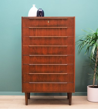 Danish design Chest of drawers in teak by Daells, 1960s