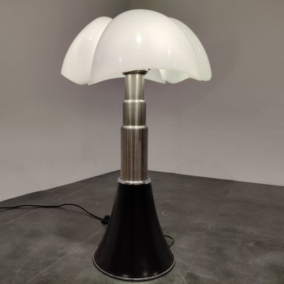 Gae Aulenti 'Pipistrello' Table Lamp for Martinelli Luce, 1980s