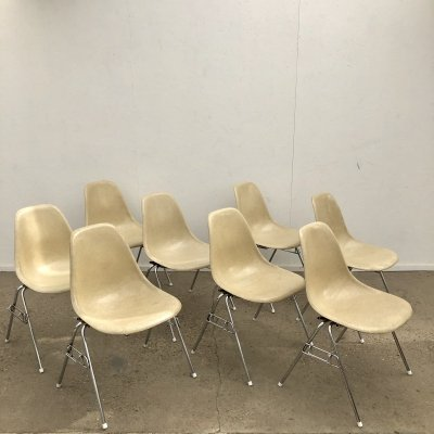 Set of 8 Eames DSS chairs by Vitra, 1960s