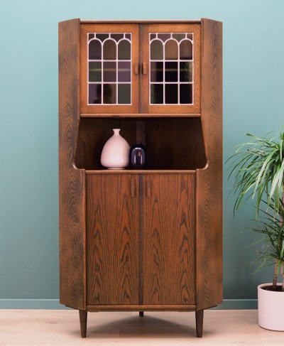 Danish design Corner cabinet in oak, 1960's