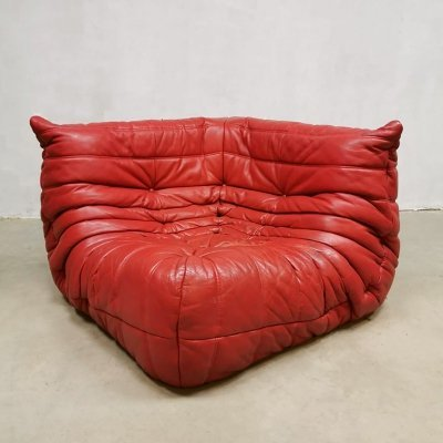 Red leather corner Togo by Michel Ducaroy for Ligne Roset, 1970s
