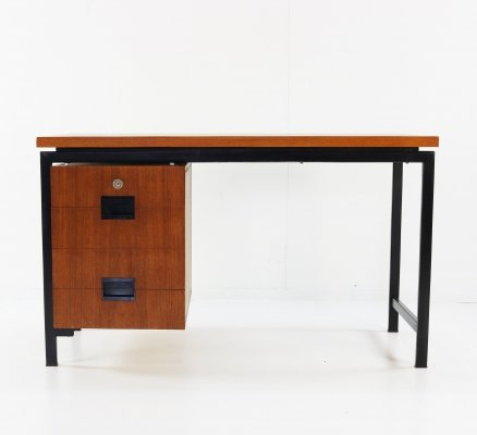 Small desk for UMS Pastoe designed by Cees Braakman