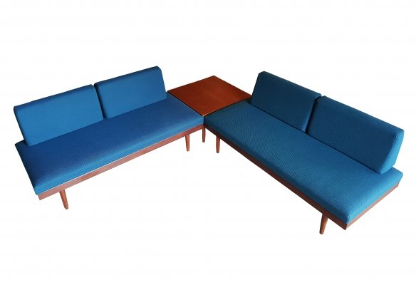2 daybeds with corner table by Tove & Edvard Kindt Larsen for Gustav Bahus, Norway 1950s