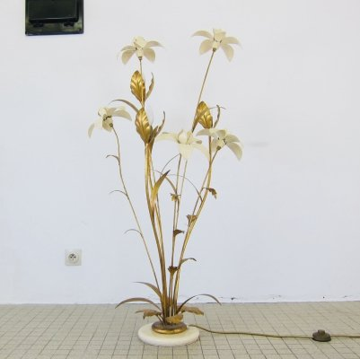 Floral design gilded floor lamp, 1970s