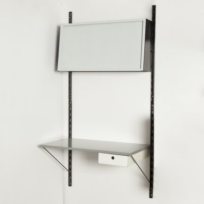 Pilastro Combinare 1001 wall system with desk in grey
