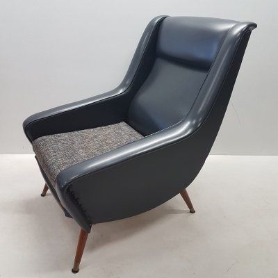 Mid-century Italian lounge arm chair, 1960s