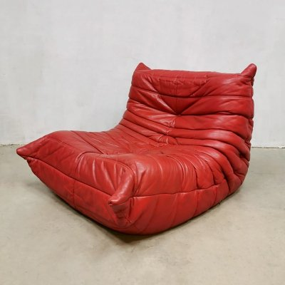 Red leather one seater 'Togo' lounge chair by Michel Ducaroy for Ligne Roset, 1970s