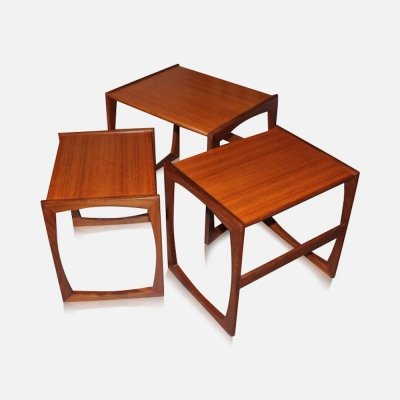 Nest of three vintage teak 'Quadrille' coffee tables by G-PLAN, 1960s