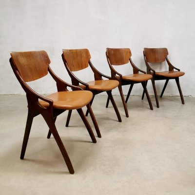 Set of 4 vintage Danish dining chairs by Hovmand Olsen for Mogens Kold