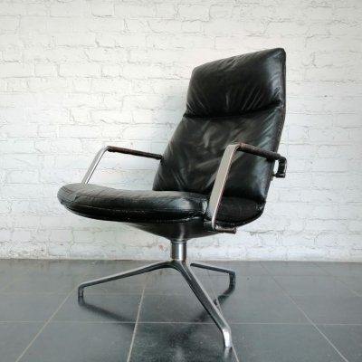 Black leather FK 86 lounge chair by Fabricius & Kastholm for Kill international