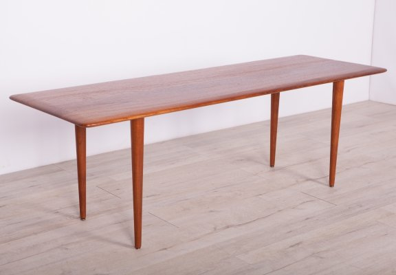 Mid Century Coffee Table Model FD 156 by Peter Hvidt & Orla Mølgaard-Nielsen for France & Son