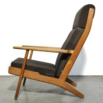 GE 290 Highback lounge chair by Hans J. Wegner for Getama, Denmark