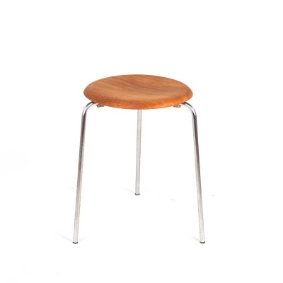 Vintage 3 legged model 3170 Dot stool by Arne Jacobsen for Fritz Hansen