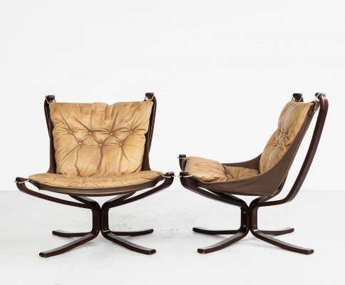 Pair of Falcon Chairs in leather by Sigurd Ressell for Vatne Möbler, 1970s