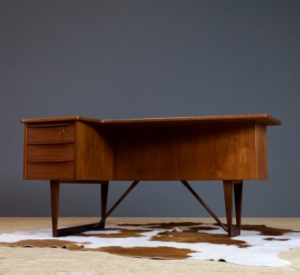 Freestanding desk in teak designed in 1956 by Peter Løvig Nielsen