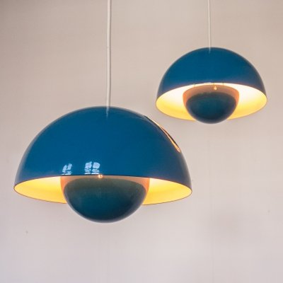 Pair of 'flowerpot' lamps by Verner Panton