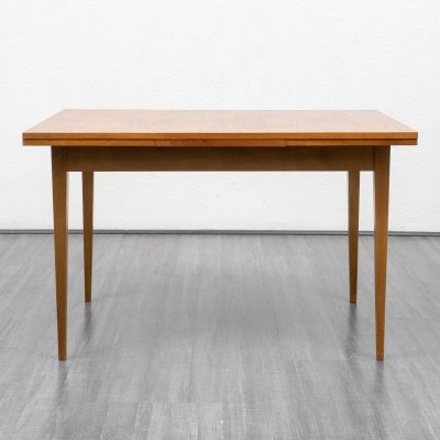 Classic extendable dining table in walnut, 1960s